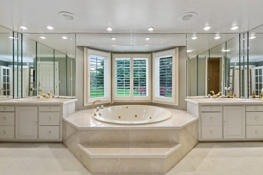 Real Estate Photography - 7 Westlake Dr, South Barrington, IL, 60010 - Master Bathroom