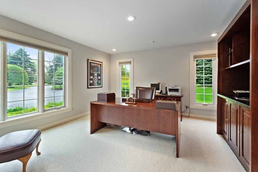 Real Estate Photography - 7 Westlake Dr, South Barrington, IL, 60010 - Office