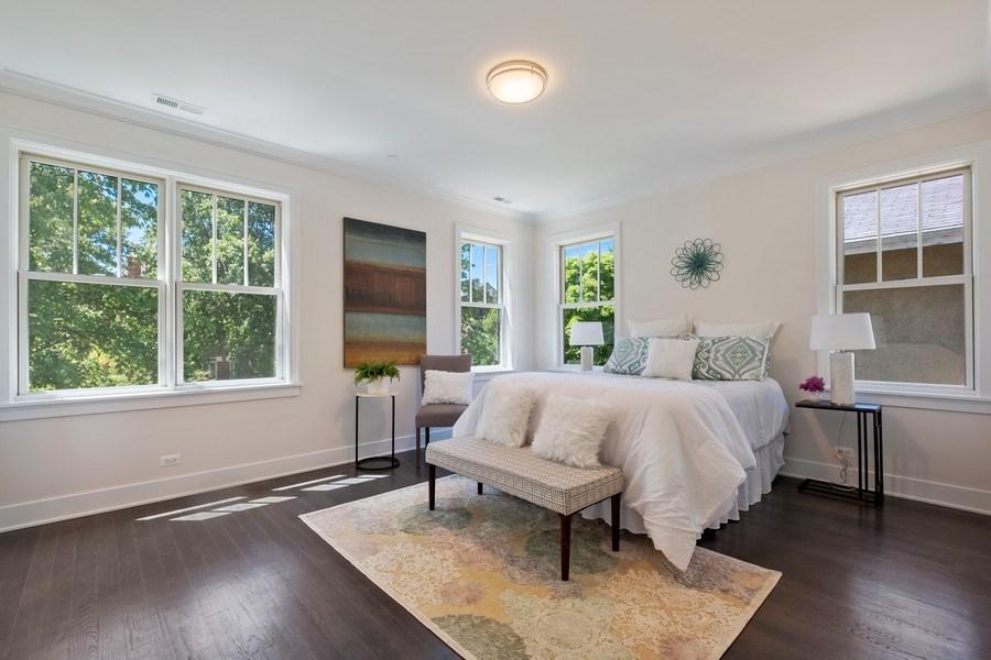 Real Estate Photography - 555 Michigan Ave, Unit 2, Evanston, IL, 60202 - Master Bedroom