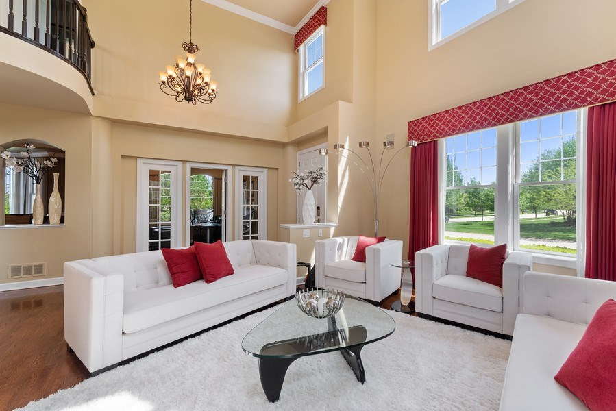 Real Estate Photography - 2200 Fielding, Glenview, IL, 60026 - Living Room
