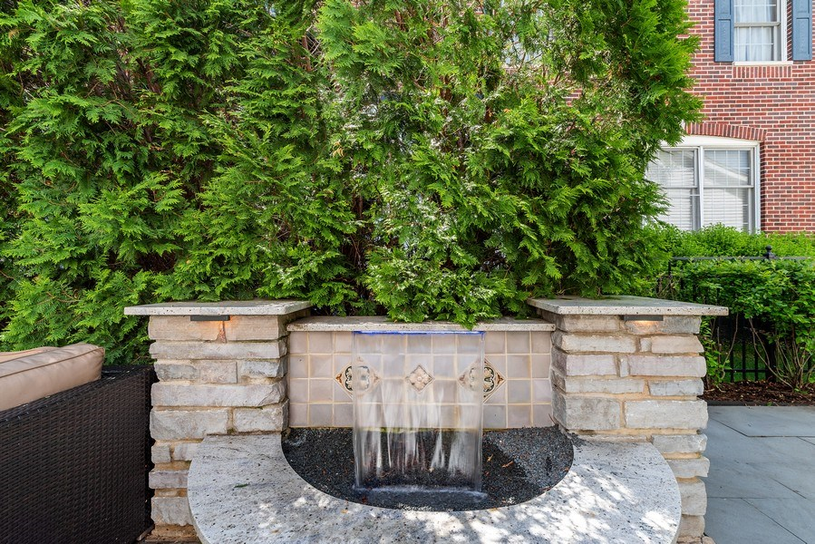 Real Estate Photography - 2200 Fielding, Glenview, IL, 60026 - Stone surround waterfall