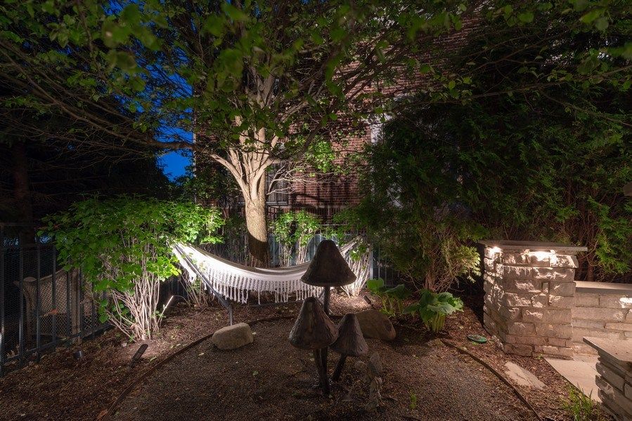 Real Estate Photography - 2200 Fielding, Glenview, IL, 60026 - Lovely outdoor nook with hammock