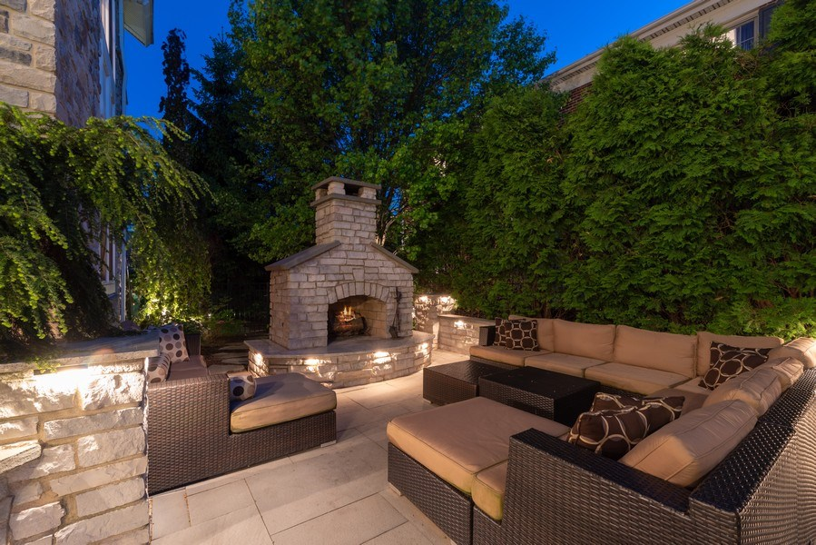 Real Estate Photography - 2200 Fielding, Glenview, IL, 60026 - Blue Stone pavers & fireplace