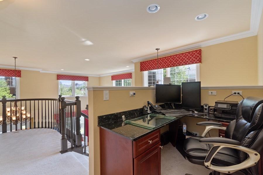 Real Estate Photography - 2200 Fielding, Glenview, IL, 60026 - Loft