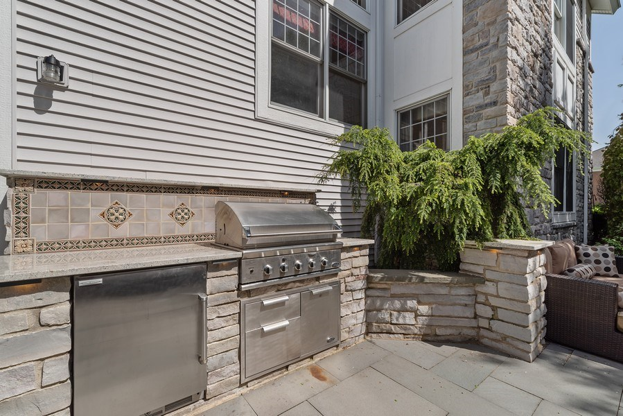 Real Estate Photography - 2200 Fielding, Glenview, IL, 60026 - Stone surround built-in BBQ