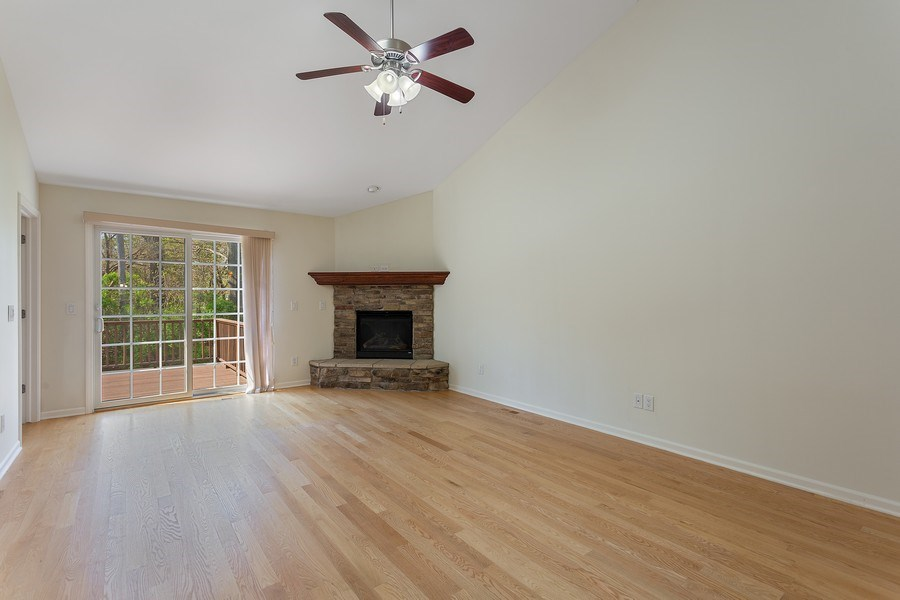 Real Estate Photography - 2540 Holiday House Road, St. Joseph, MI, 49085 - Living Room