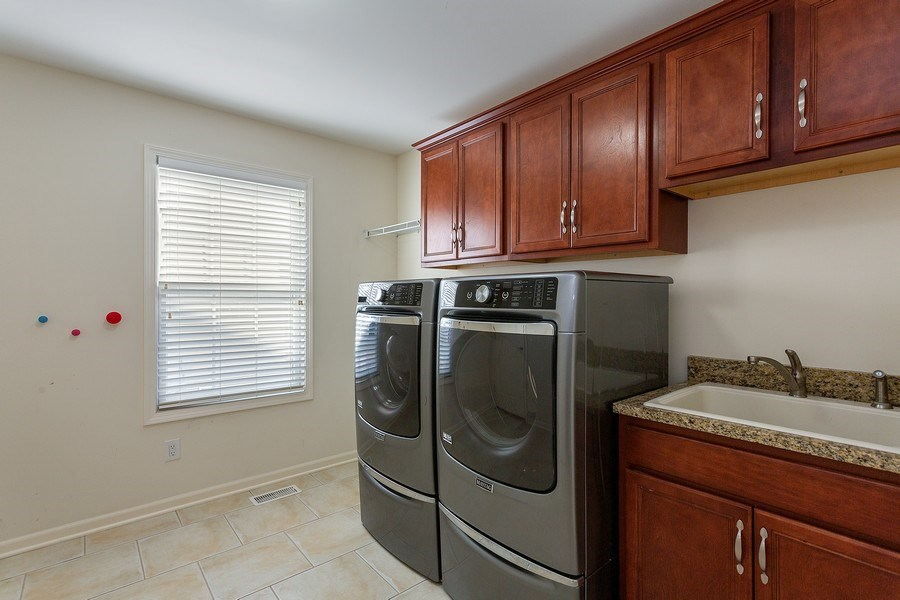 Real Estate Photography - 2540 Holiday House Road, St. Joseph, MI, 49085 - Laundry Room