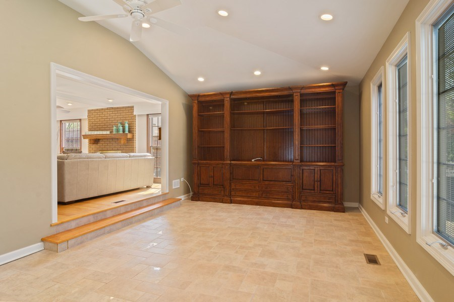 Real Estate Photography - 640 Valley, Palatine, IL, 60067 - Location 2