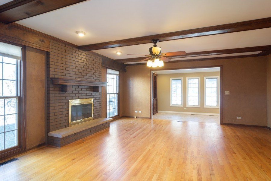 Real Estate Photography - 640 Valley, Palatine, IL, 60067 - Living Room
