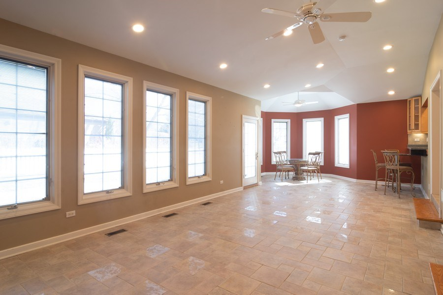 Real Estate Photography - 640 Valley, Palatine, IL, 60067 - Location 13