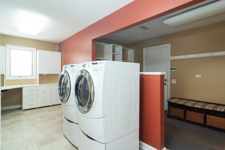 Real Estate Photography - 640 Valley, Palatine, IL, 60067 - Laundry Room