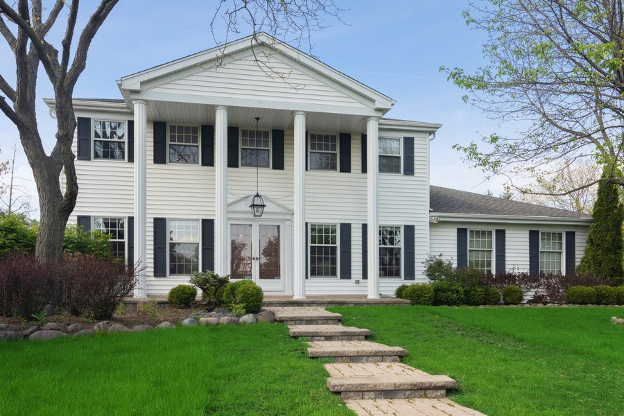 Real Estate Photography - 640 Valley, Palatine, IL, 60067 - Front View