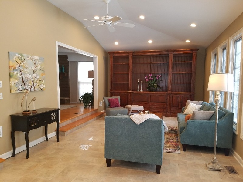 Real Estate Photography - 640 Valley, Palatine, IL, 60067 -