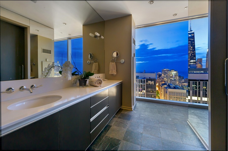 Real Estate Photography - 600 N Fairbanks Ct, PH3801, Chicago, IL, 60611 - Incomparable Views Day or Night