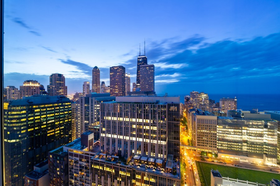 Real Estate Photography - 600 N Fairbanks Ct, PH3801, Chicago, IL, 60611 - Breathtaking North and East Views