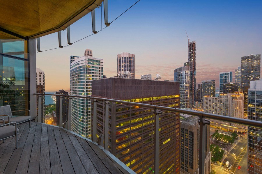 Real Estate Photography - 600 N Fairbanks Ct, PH3801, Chicago, IL, 60611 - Stunning Lake & City Views