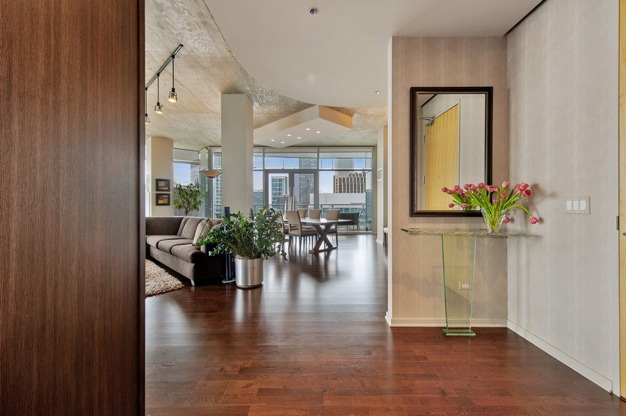 Real Estate Photography - 600 N Fairbanks Ct, PH3801, Chicago, IL, 60611 - Foyer