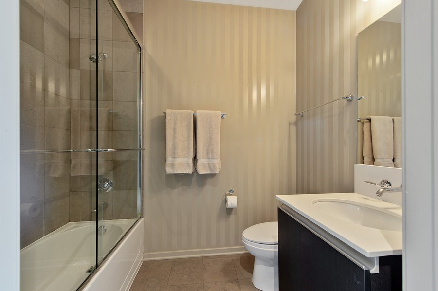 Real Estate Photography - 600 N Fairbanks Ct, PH3801, Chicago, IL, 60611 - 2nd & 3rd Ensuite Bathrooms Finished with Classic