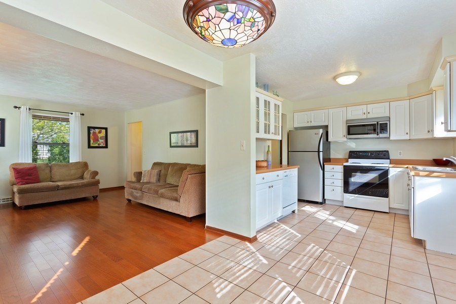 Real Estate Photography - 28 S. Griffith St, New Buffalo, MI, 49117 - Dining Room