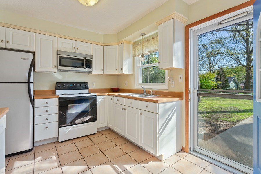 Real Estate Photography - 28 S. Griffith St, New Buffalo, MI, 49117 - Kitchen