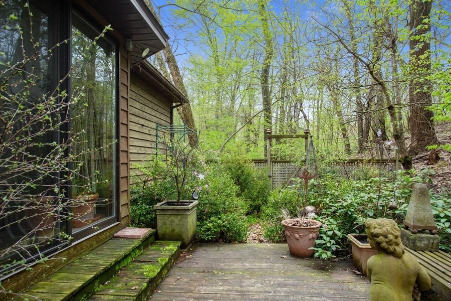 Real Estate Photography - 4892 Hillside Ct, Bridgman, MI, 49106 - Deck