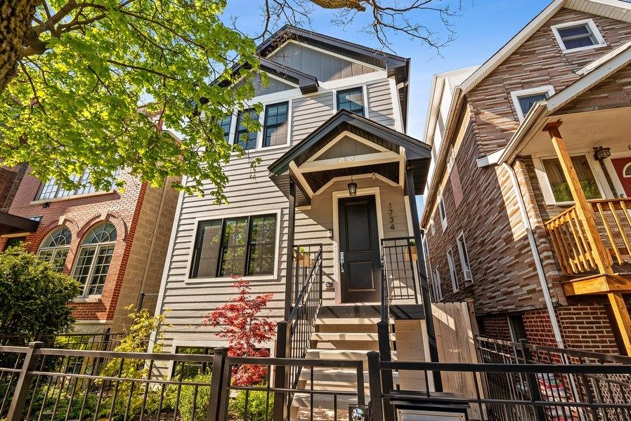 Real Estate Photography - 1734 W. Henderson St., Chicago, IL, 60657 - Front View