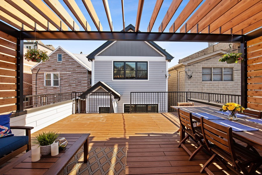 Real Estate Photography - 1734 W. Henderson St., Chicago, IL, 60657 - Deck