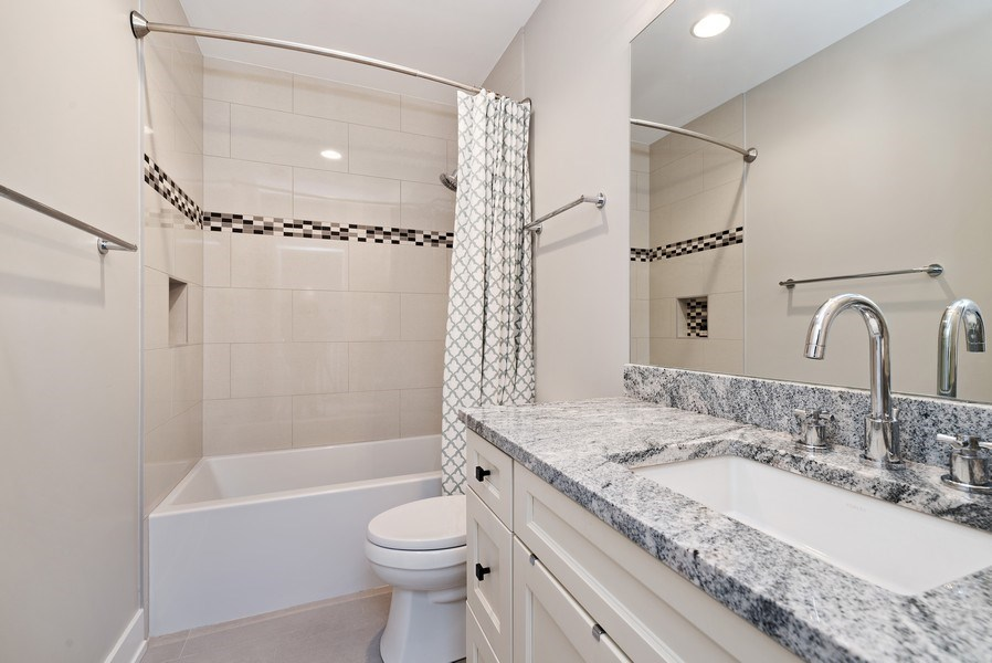 Real Estate Photography - 1734 W. Henderson St., Chicago, IL, 60657 - Bathroom