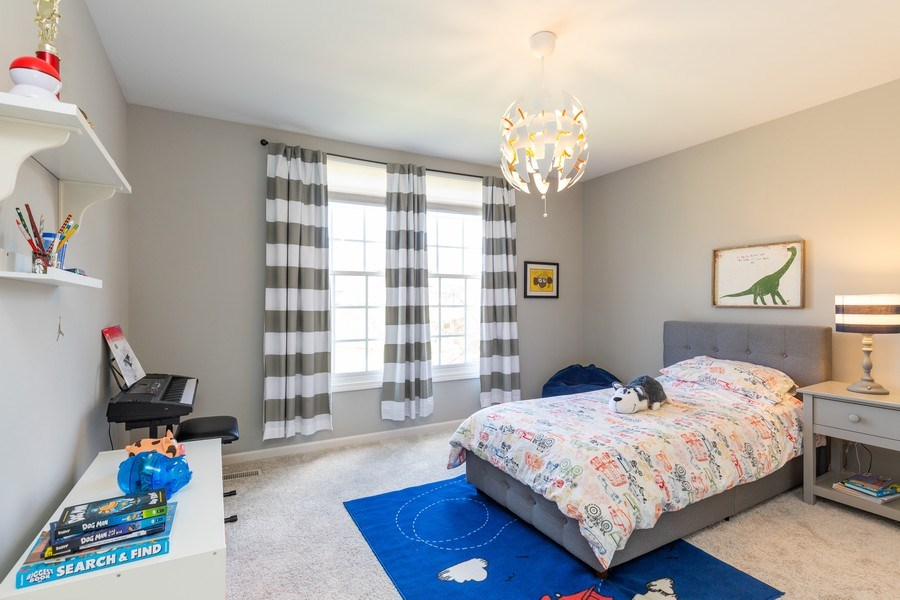 Real Estate Photography - 674 Waterside, South Elgin, IL, 60177 - 2nd Bedroom