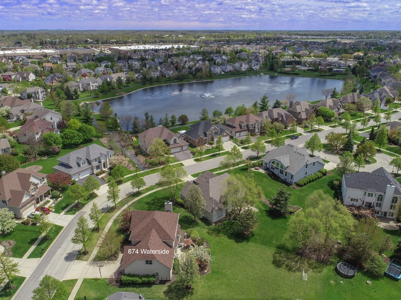 Real Estate Photography - 674 Waterside, South Elgin, IL, 60177 -