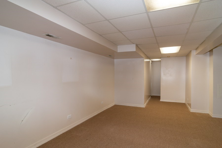 Real Estate Photography - 11413 Enterprise Dr, Westchester, IL, 60154 - Finished Basement