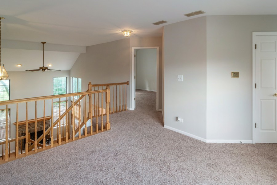 Real Estate Photography - 11413 Enterprise Dr, Westchester, IL, 60154 - Loft