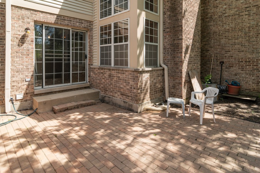 Real Estate Photography - 11413 Enterprise Dr, Westchester, IL, 60154 - Rear View