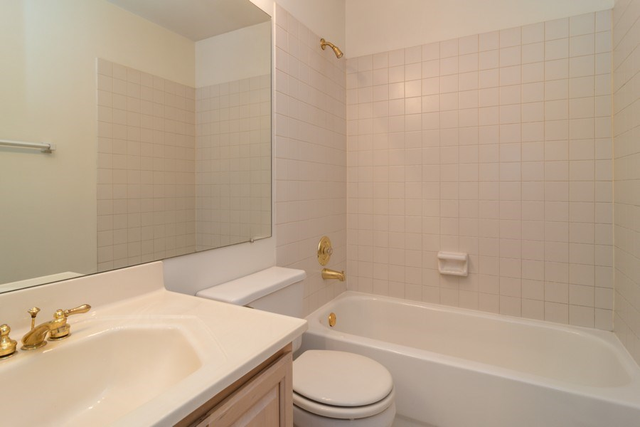 Real Estate Photography - 11413 Enterprise Dr, Westchester, IL, 60154 - Bathroom