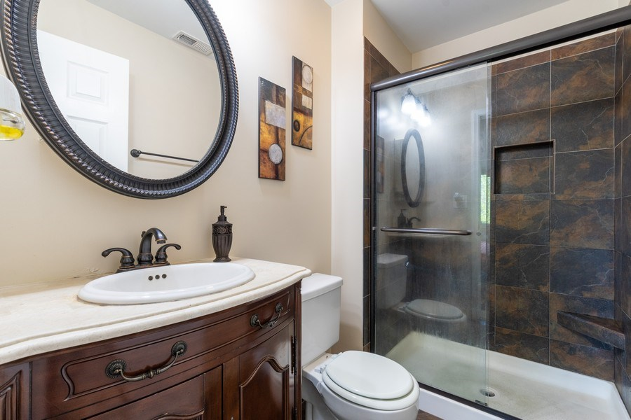 Real Estate Photography - 107 Windwood Ct, Buffalo Grove, IL, 60089 - Master Bathroom