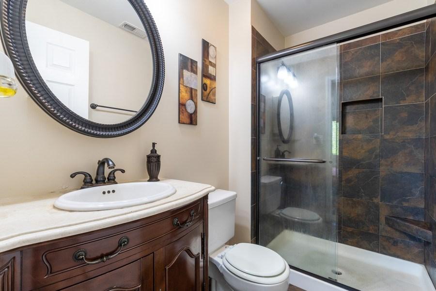 Real Estate Photography - 107 Windwood Ct, Buffalo Grove, IL, 60089 - Master Bathroom