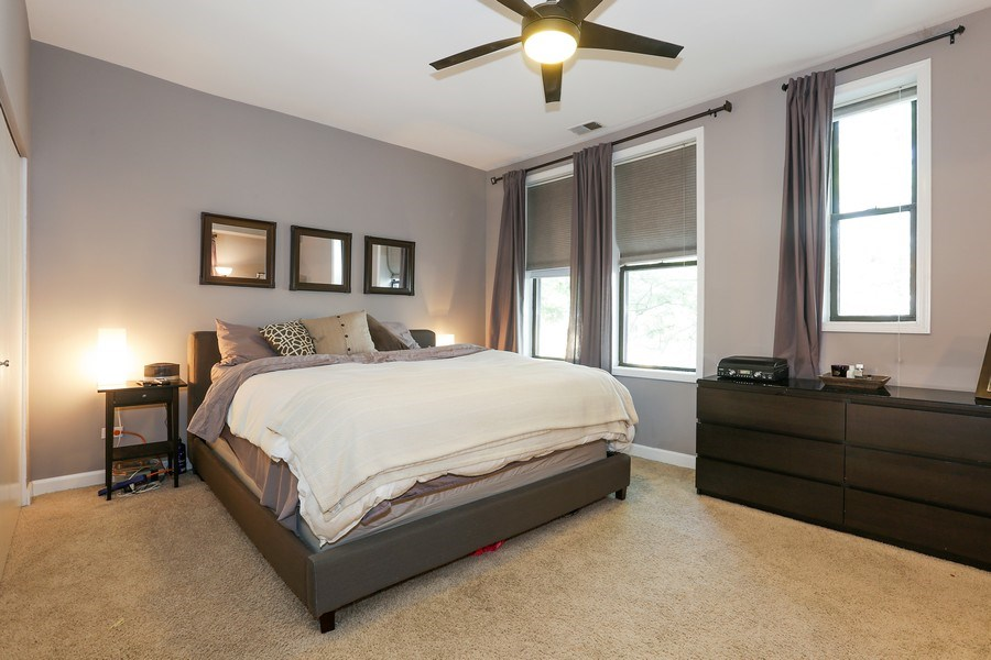 Real Estate Photography - 4055 N Sheridan Rd, #5, Chicago, IL, 60613 - Master Bedroom