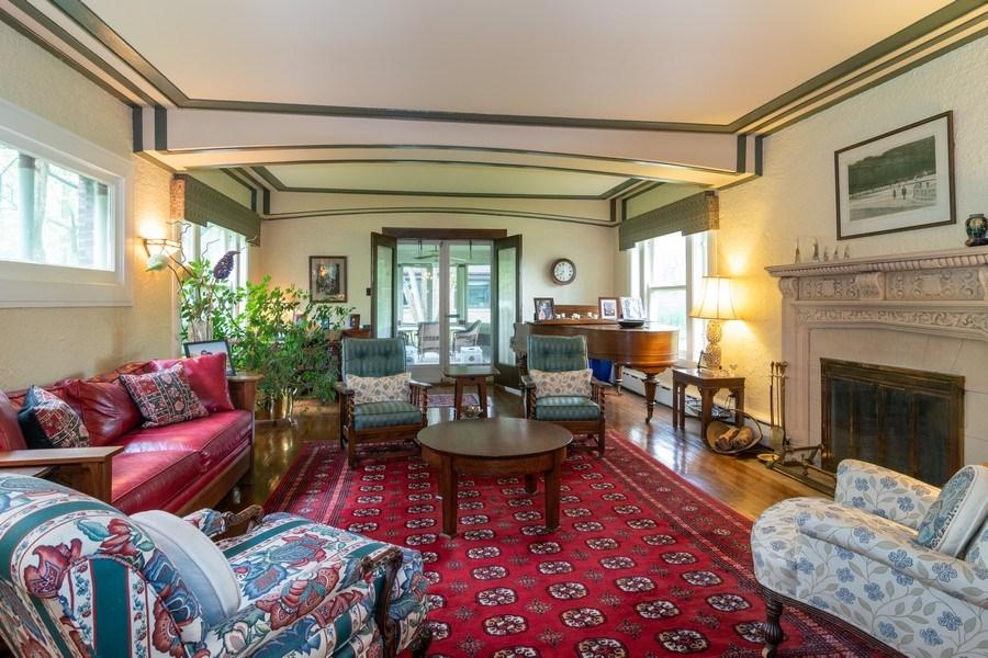 Real Estate Photography - 415 Linden Ave, Oak Park, IL, 60302 - Living Room