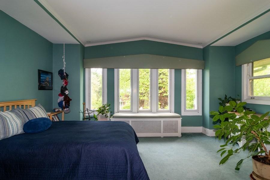 Real Estate Photography - 415 Linden Ave, Oak Park, IL, 60302 - 2nd Bedroom