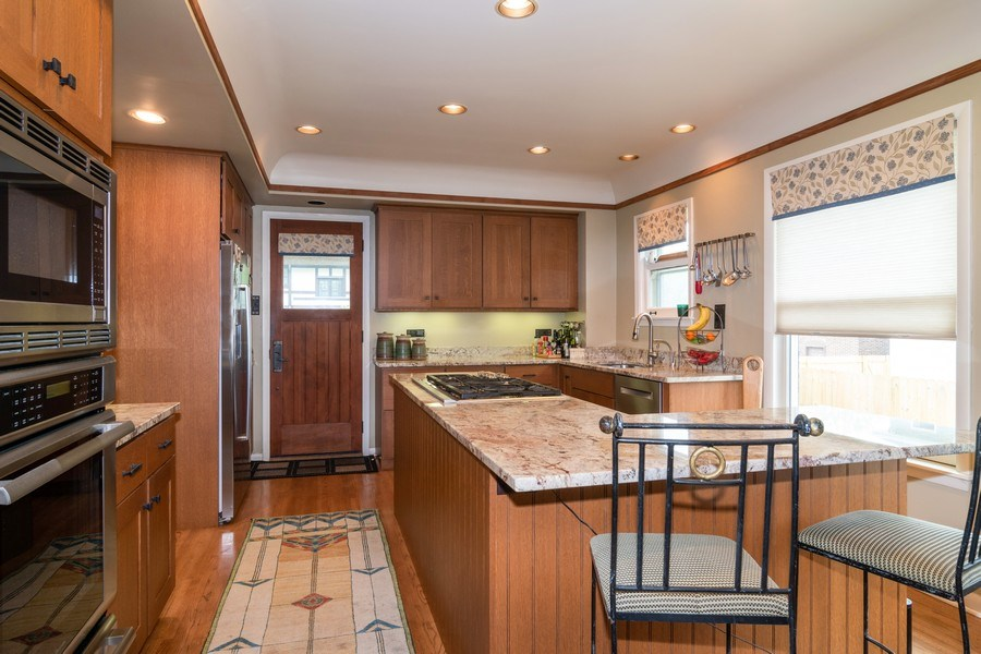 Real Estate Photography - 415 Linden Ave, Oak Park, IL, 60302 - Kitchen
