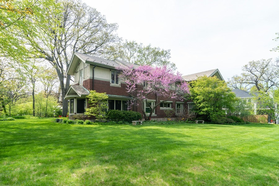 Real Estate Photography - 415 Linden Ave, Oak Park, IL, 60302 - Side View