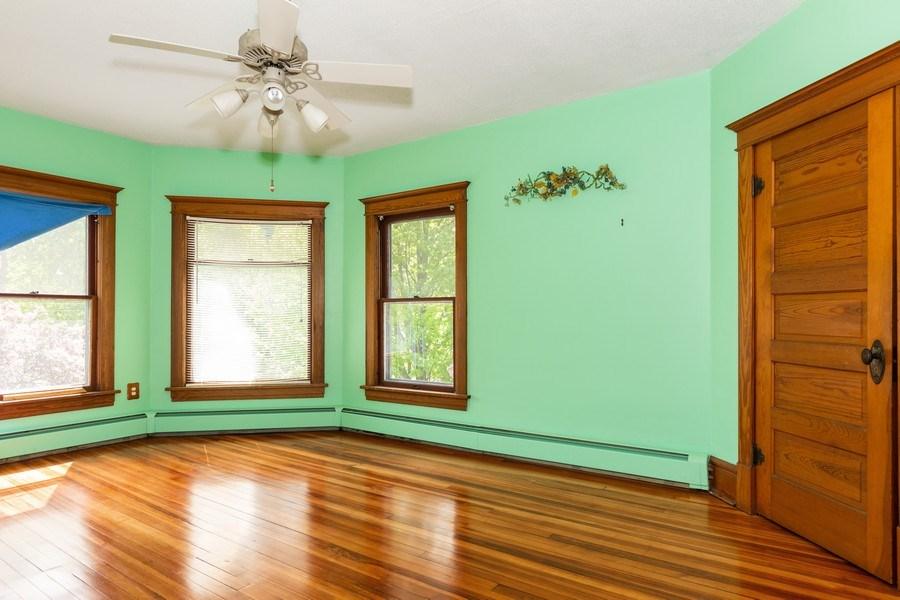 Real Estate Photography - 307 Monroe St, Gardner, IL, 60424 - 3rd Bedroom