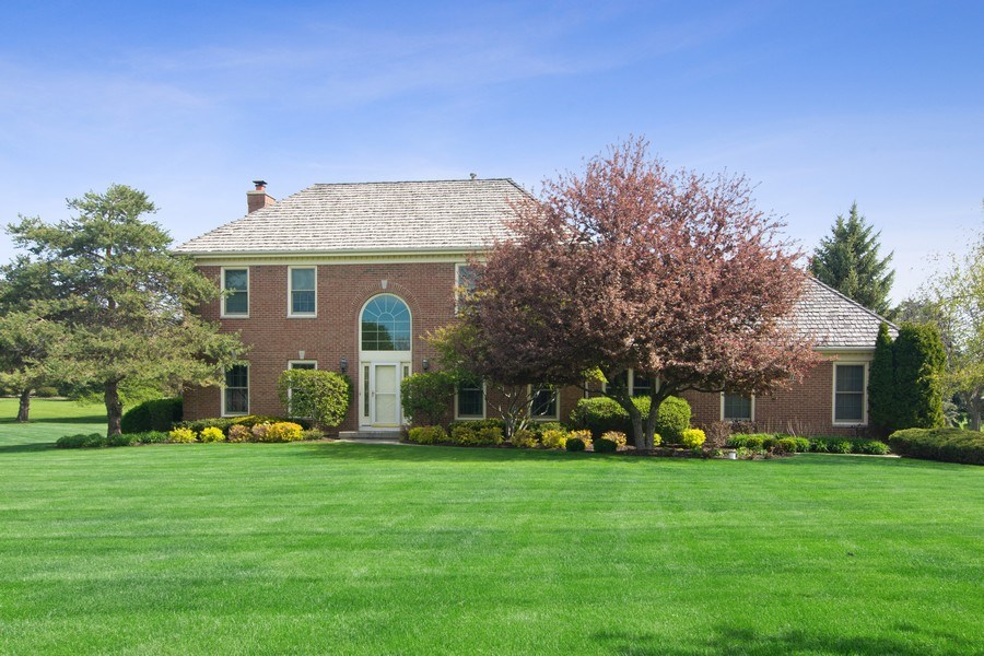 Real Estate Photography - 193 Boxwood, Hawthorn Woods, IL, 60047 - Front View