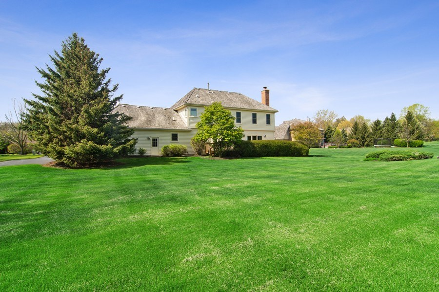 Real Estate Photography - 193 Boxwood, Hawthorn Woods, IL, 60047 - Rear View