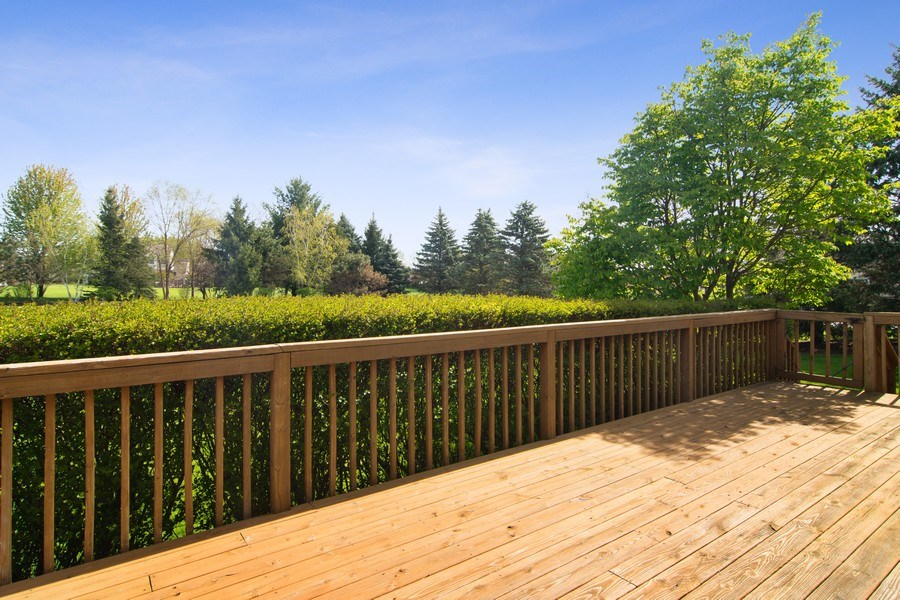 Real Estate Photography - 193 Boxwood, Hawthorn Woods, IL, 60047 - Deck