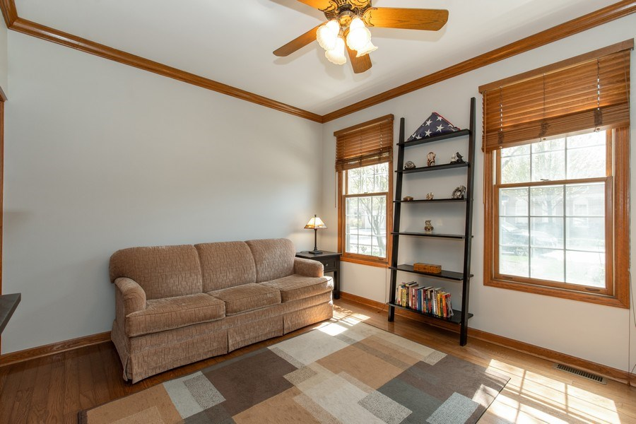 Real Estate Photography - 100 Radcliffe Ct, Glenview, IL, 60026 - Second Bedroom