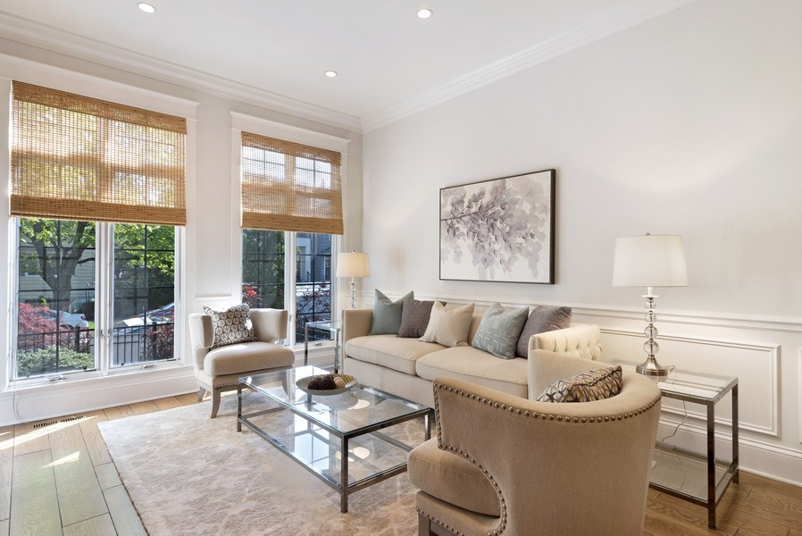 Real Estate Photography - 1739 Altgeld Avenue, Chicago, IL, 60614 - Living Room
