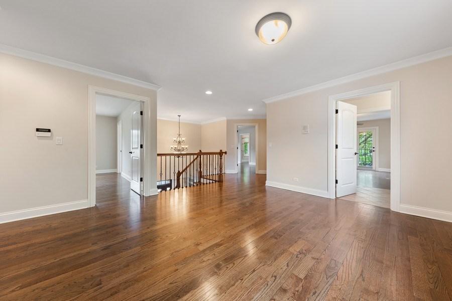 Real Estate Photography - 663 S Mitchell, Elmhurst, IL, 60126 - 2nd Floor Landing