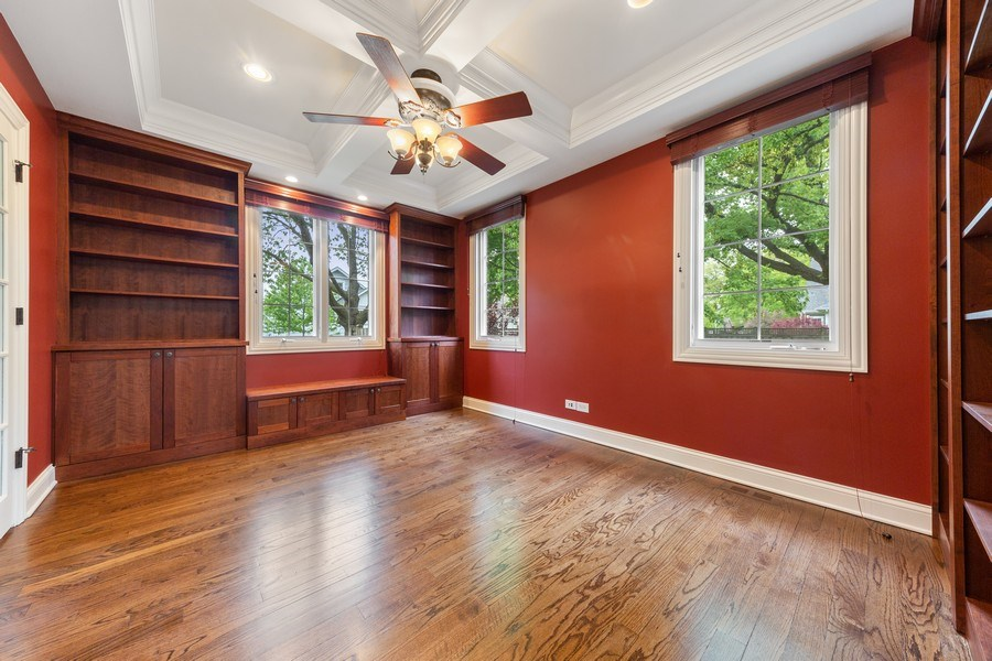 Real Estate Photography - 663 S Mitchell, Elmhurst, IL, 60126 - Office