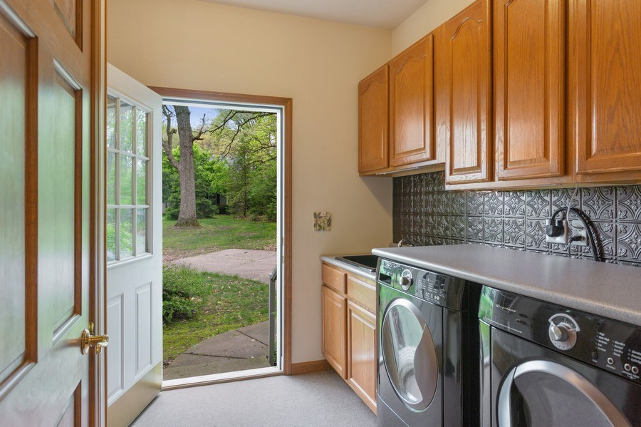 Real Estate Photography - 1501 Orchard, Niles, MI, 49120 - Laundry Room